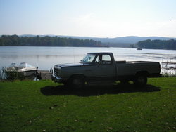 papa_gray_bush 1987 Dodge D150 Club Cab