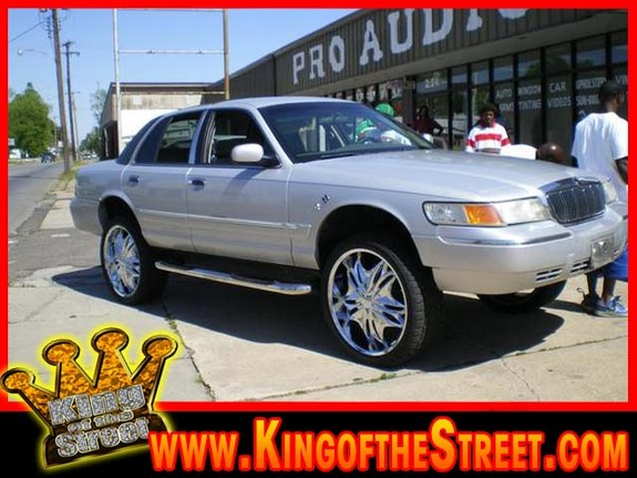 Another quis870 2002 Mercury Grand Marquis post... - 11129369