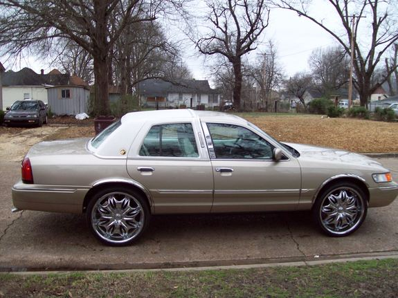 Another quis870 2002 Mercury Grand Marquis post... - 11129377
