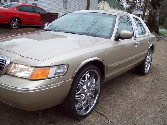 Another quis870 2002 Mercury Grand Marquis post... - 11129380