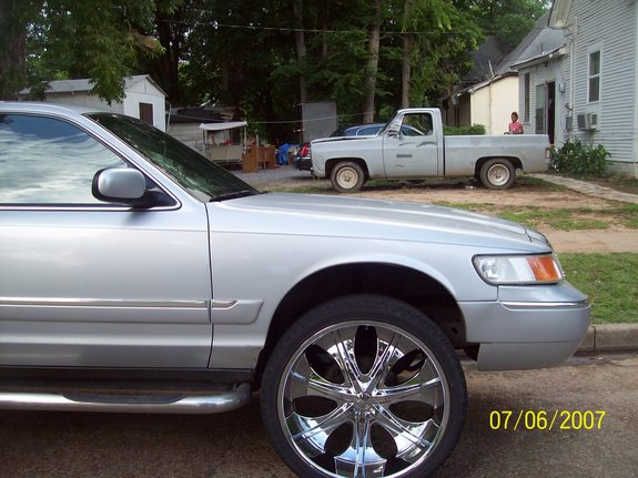 Another quis870 2002 Mercury Grand Marquis post... - 11129384