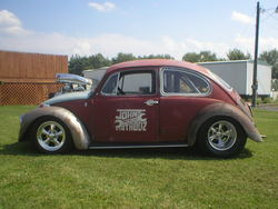 BADnBLOWN69VW 1969 Volkswagen Beetle