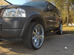 munoz87s 2003 Ford Explorer