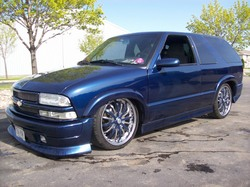 1low4x4s 2002 Chevrolet S10 Blazer