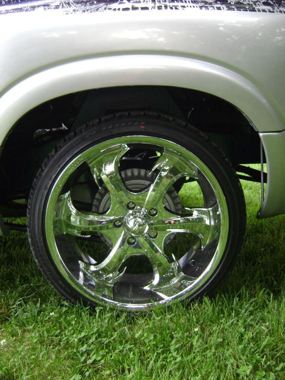 Another Slammed_Dime 2000 Chevrolet S10 Extended Cab post... - 10777620