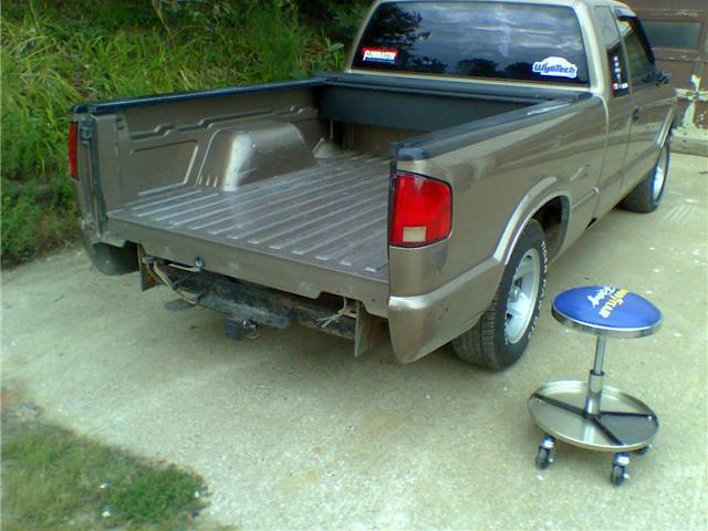 Another sallad08 1996 Chevrolet S10 Extended Cab post... - 10779729
