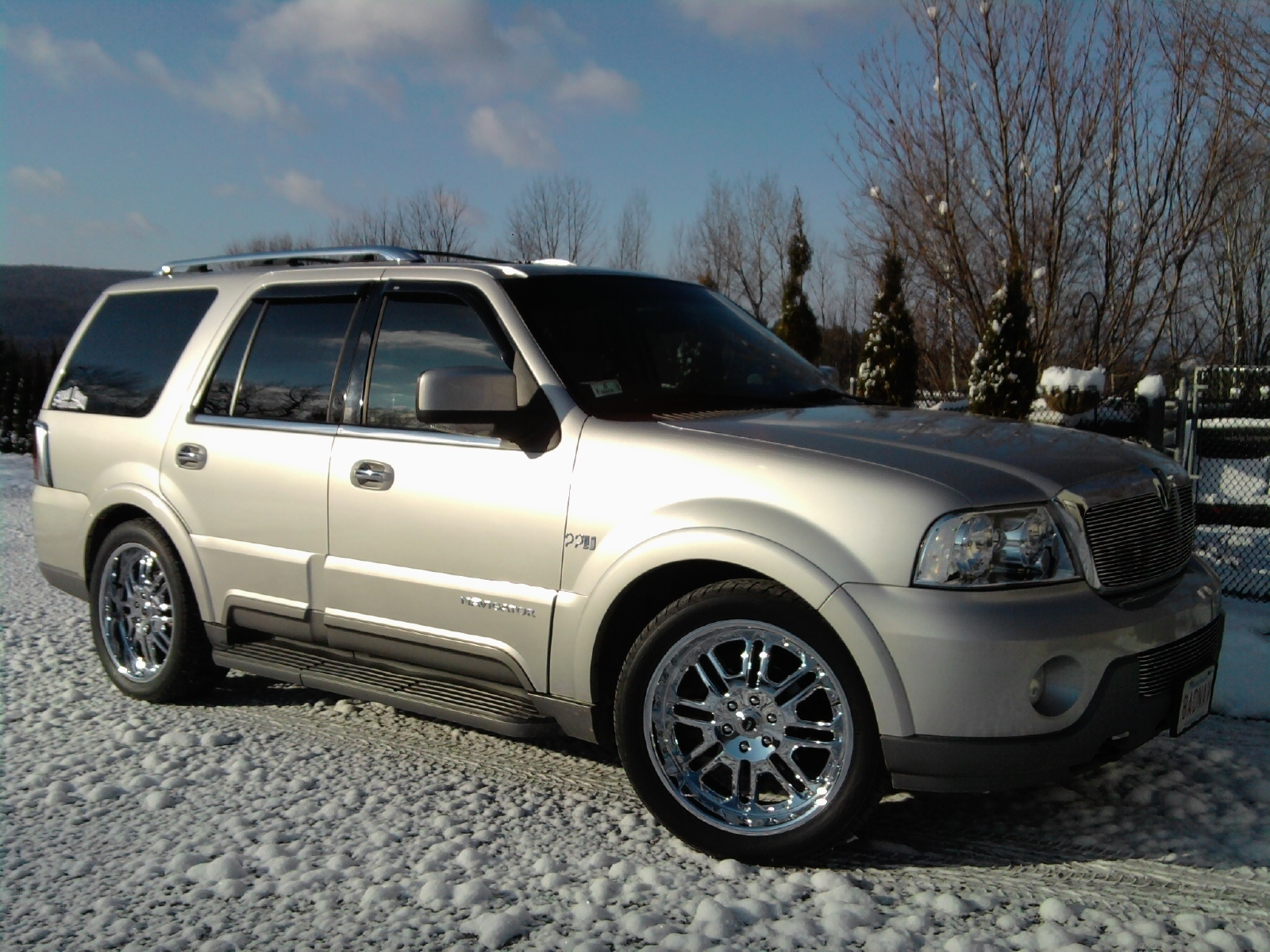 1bad nav 2004 lincoln navigator specs photos modification info at cardomain. Black Bedroom Furniture Sets. Home Design Ideas