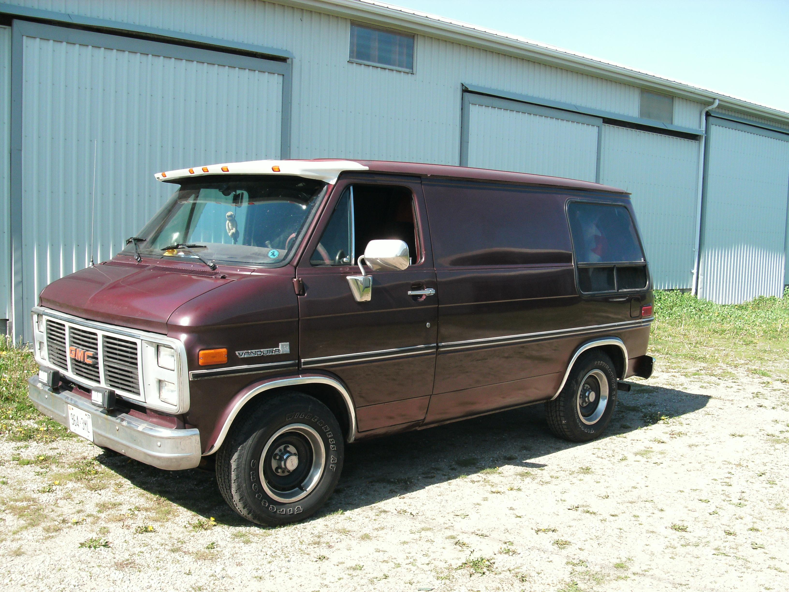bradofcanada 1987 gmc vandura 1500 specs photos modification info at cardomain. Black Bedroom Furniture Sets. Home Design Ideas