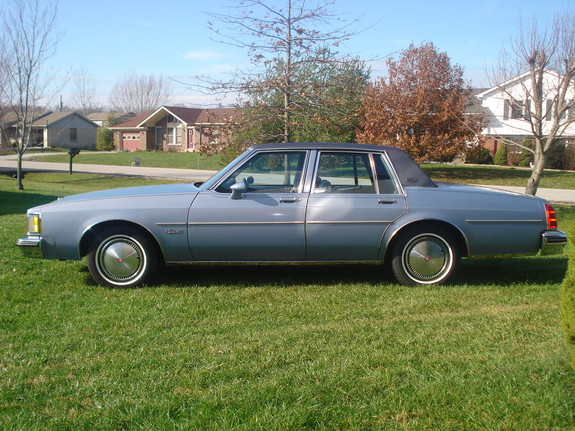 Jake70 1983 Oldsmobile Delta 88 10785601