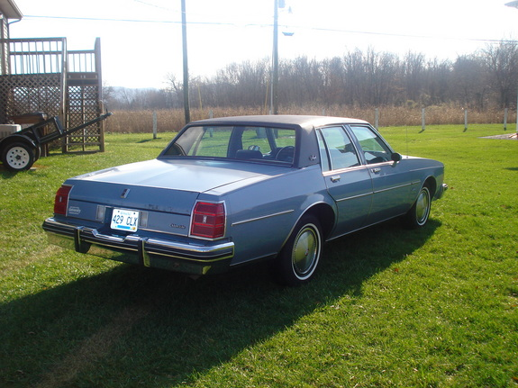 Jake70 1983 Oldsmobile Delta 88 10785602