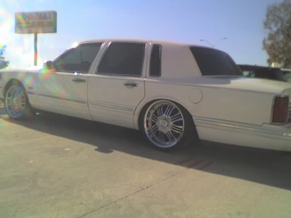 Pipiripipi 1997 Lincoln Town Car Specs Photos Modification Info At