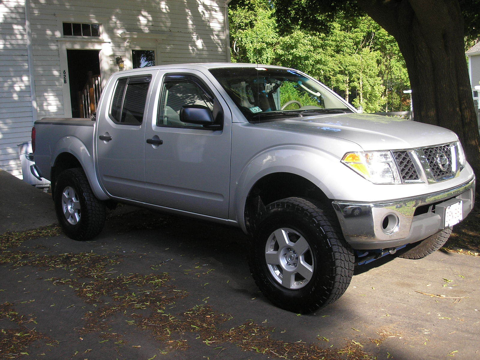 tobey 2007 nissan frontier crew cabse pickup 4d 5 ft specs photos modification info at cardomain. Black Bedroom Furniture Sets. Home Design Ideas