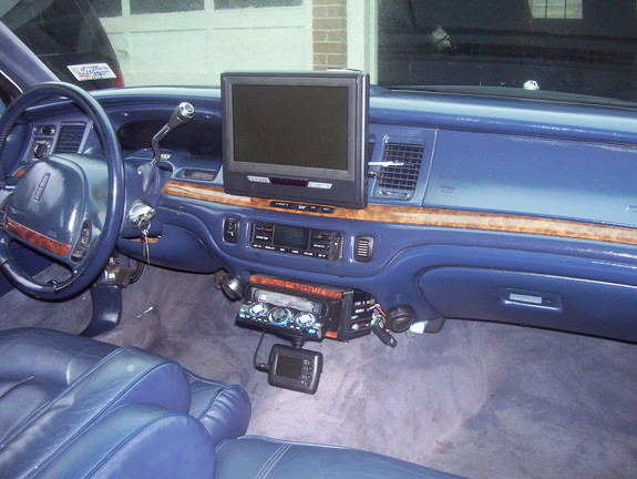 Playboi22 1995 Lincoln Town Car Specs Photos Modification Info At