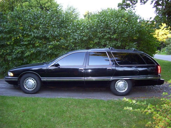 Doctor_Meltdown 1995 Buick Roadmaster