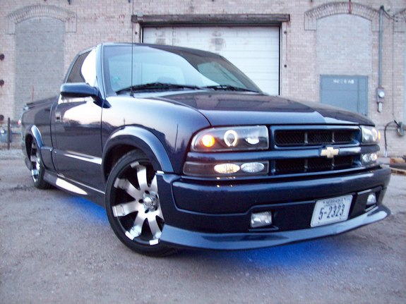 fox08y 2000 chevrolet s10 regular cab specs photos modification info at cardomain. Black Bedroom Furniture Sets. Home Design Ideas