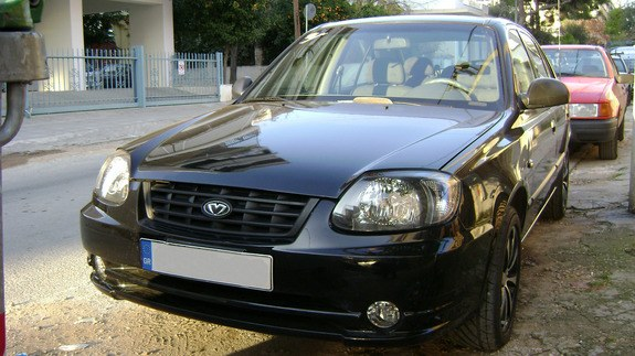 Another coraz 2005 Hyundai Accent post... - 10808207