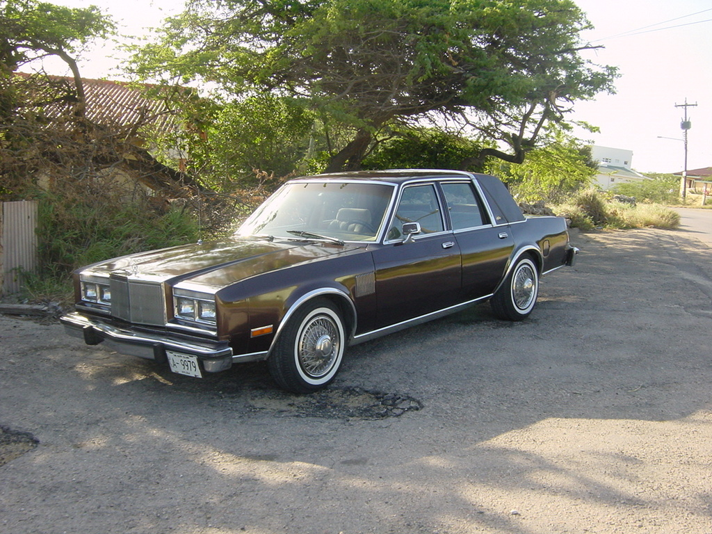 poppetjesweet's 1982 Chrysler Fifth Ave