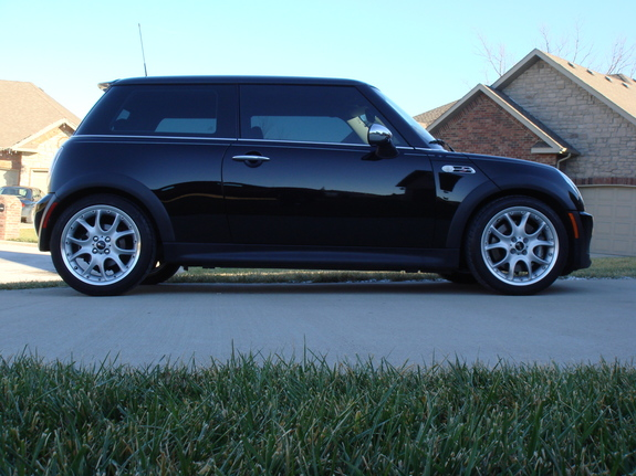 min pin 2005 mini cooper specs photos modification info. Black Bedroom Furniture Sets. Home Design Ideas