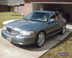 PAPA-99s 2003 Lincoln Town Car