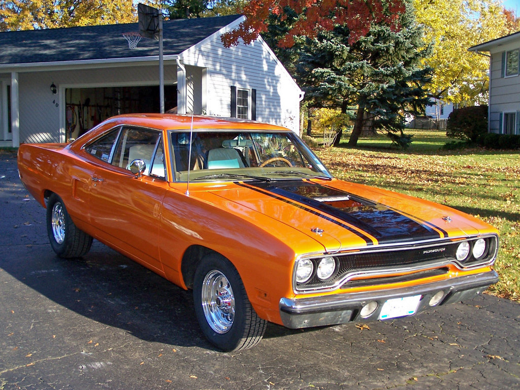 Purple1 1970 plymouth roadrunner specs photos modification info at cardomain - Pics of road runner ...