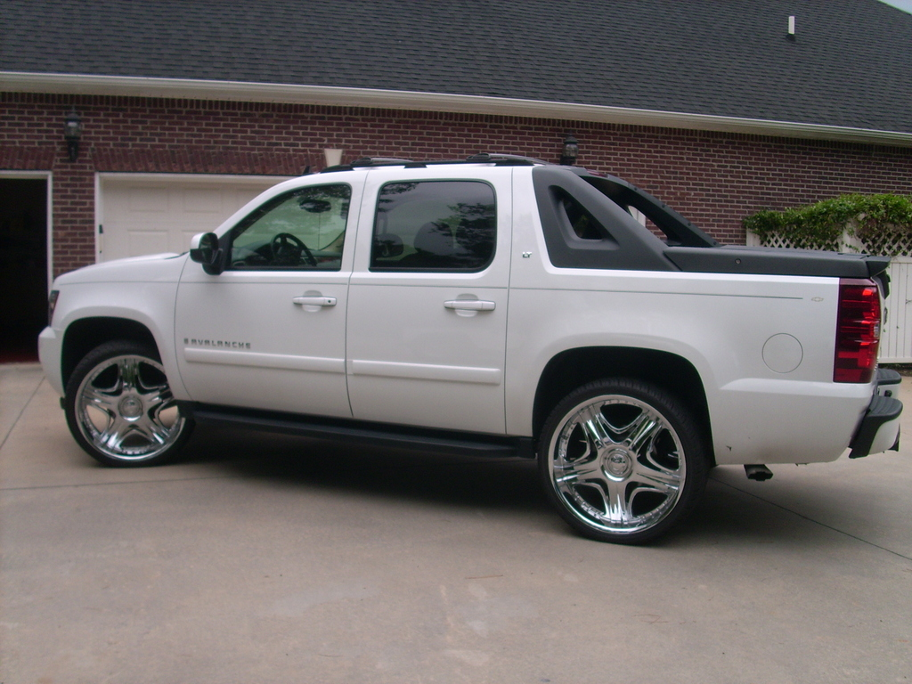 ctridin26 2007 chevrolet avalanche specs photos. Black Bedroom Furniture Sets. Home Design Ideas