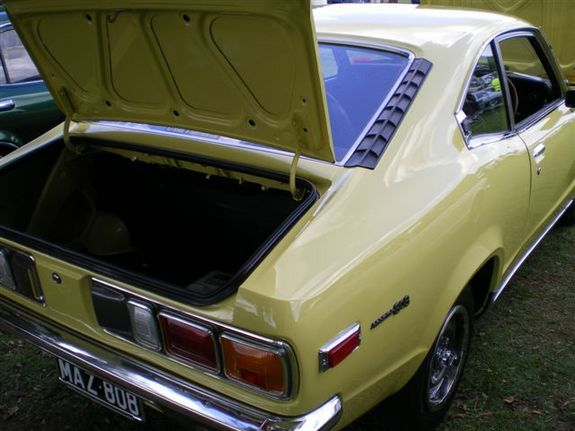 Another 808maz 1975 Mazda 808 post... - 10832177