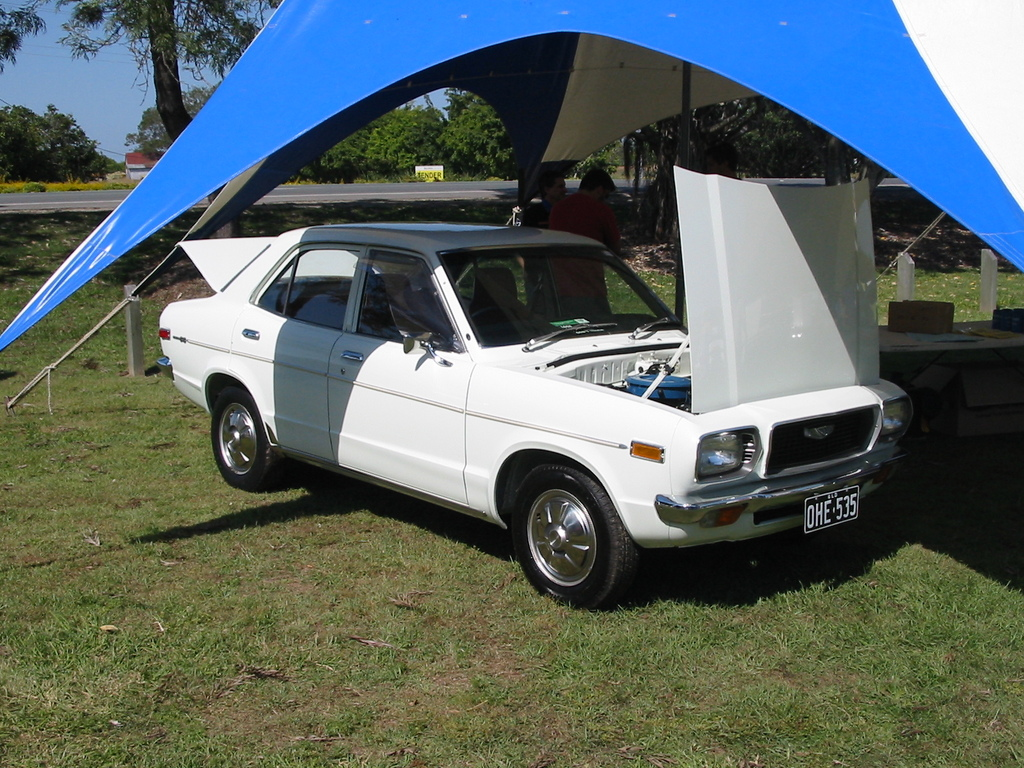 Another 808maz 1975 Mazda 808 post... - 10832192