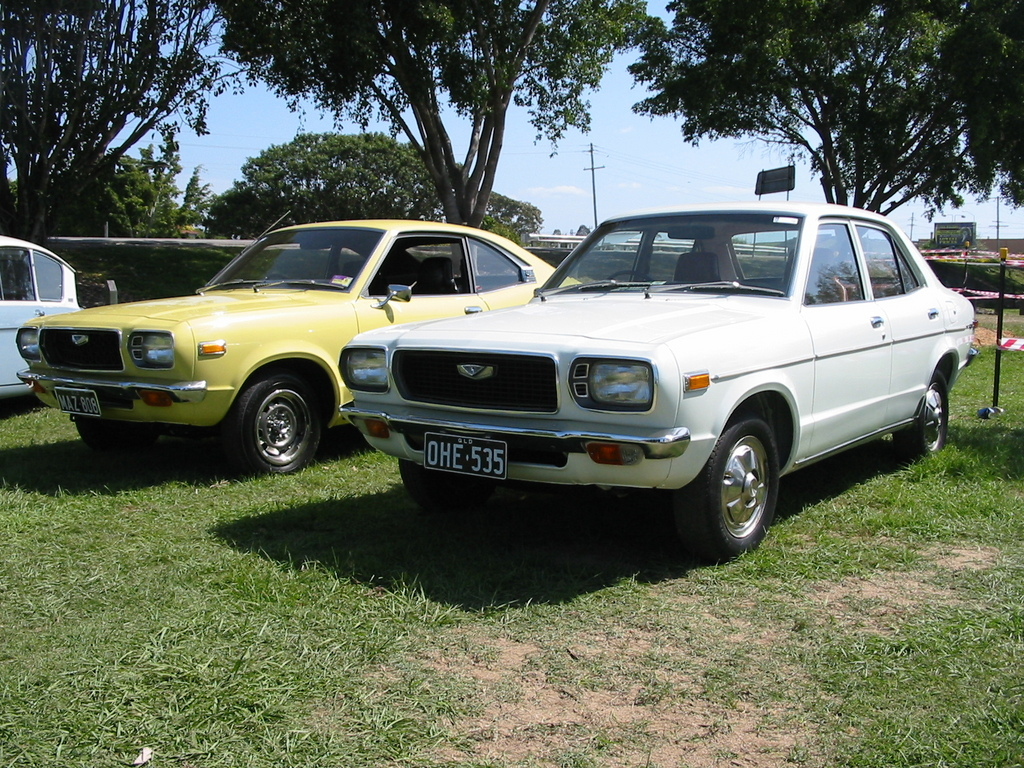 Another 808maz 1975 Mazda 808 post... - 10832193