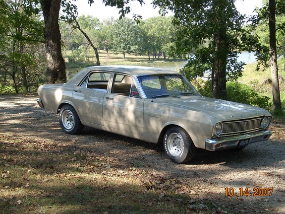 closed's 1966 Ford Falcon