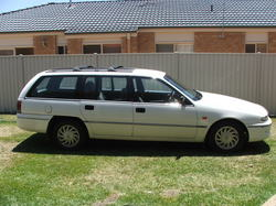 GMHXU6 1995 Holden Berlina