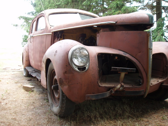 Another mtrhed 1940 Studebaker President post... - 10847378