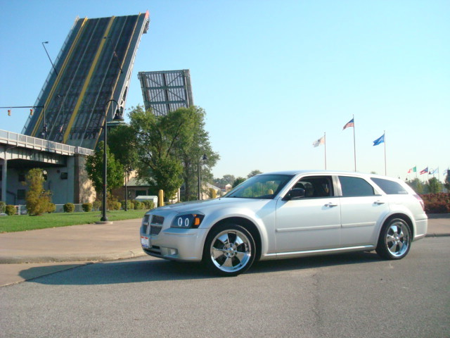 waldizzle 2005 Dodge Magnum Specs, Photos, Modification ...