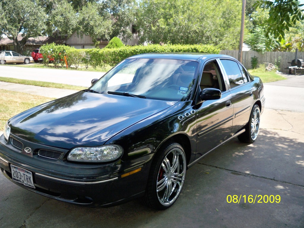 Another scuri00 1998 Chevrolet Malibu post... - 10858573