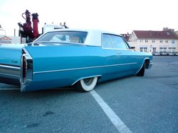 Olds73s 1966 Cadillac DeVille