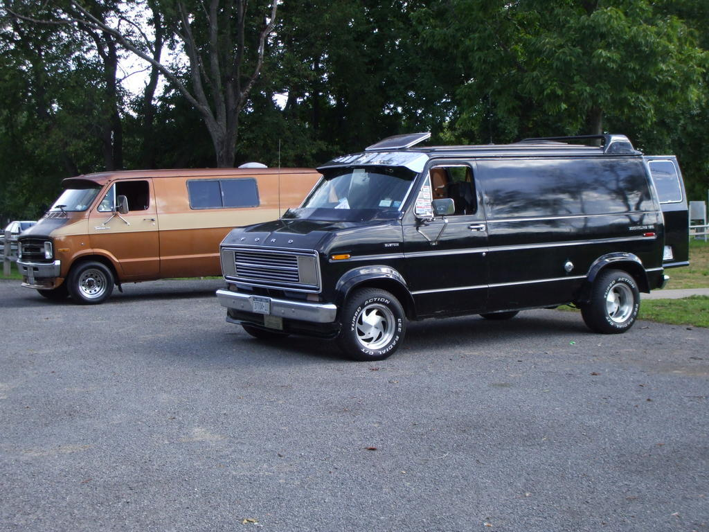 Another ford1977 1977 Ford Econoline E150 Passenger post... - 10913101