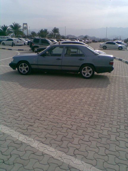 Another aghiato 1990 Mercedes-Benz E-Class post... - 10887297