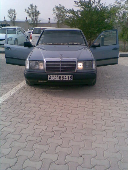 Another aghiato 1990 Mercedes-Benz E-Class post... - 10887308