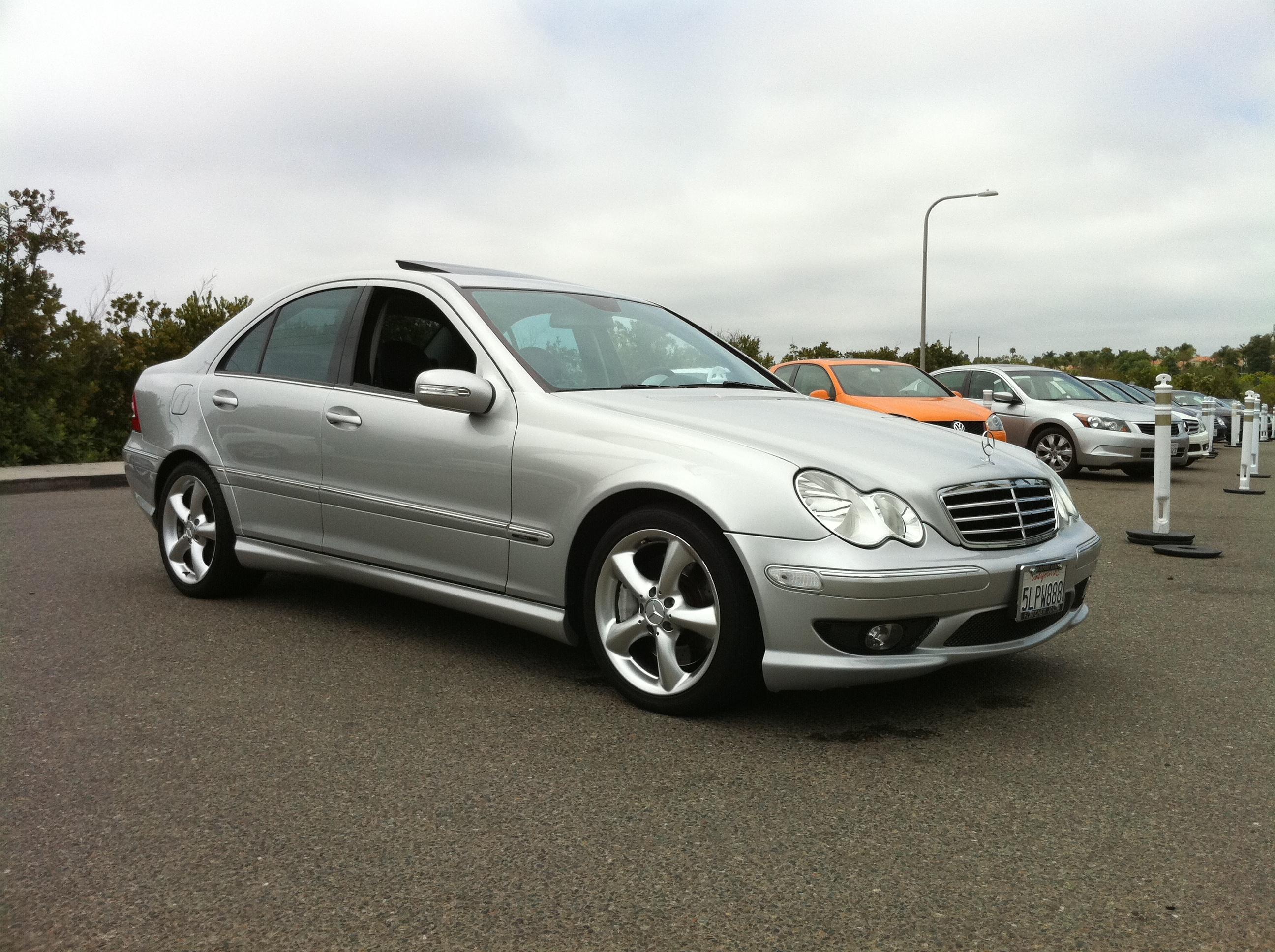 I drive toyota 2005 mercedes benz c classc230 sport sedan for 2005 mercedes benz c230 kompressor