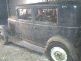 Another smallcoup 1932 Renault 8 post... - 10896296