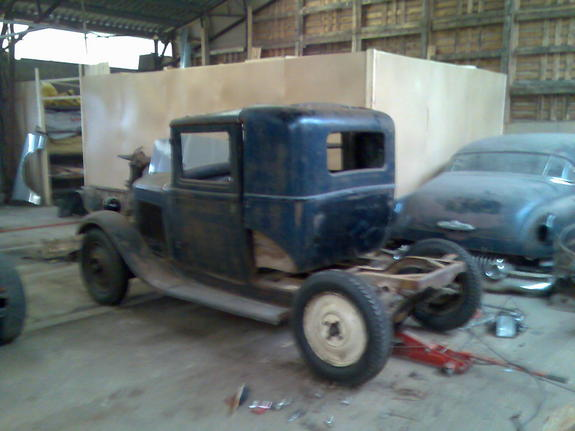Another smallcoup 1932 Renault 8 post... - 10896297