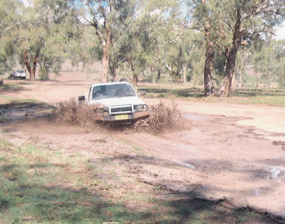 Another jordoz 1993 Toyota HiLux post... - 10904553