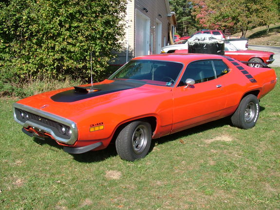 Coyoteduster 1971 plymouth roadrunner specs photos modification info at cardomain - Pics of road runner ...