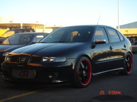 chris r w 2004 seat leon specs photos modification info at cardomain. Black Bedroom Furniture Sets. Home Design Ideas