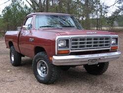 BiskitXJ77 1985 Dodge Power Ram