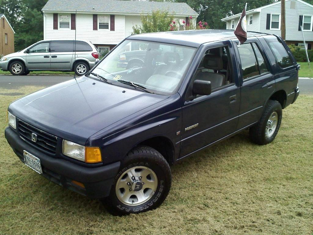 thunder_hokie 1995 honda passport 29841380019_large