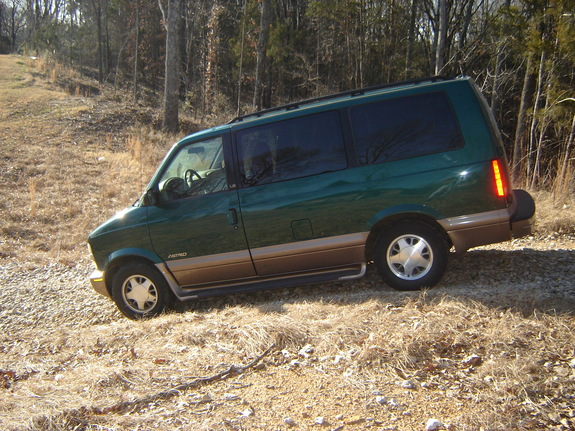 Another jcampstacoma 2001 Chevrolet Astro post... - 10912295