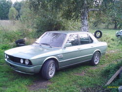 n1tronicks 1983 BMW 5 Series