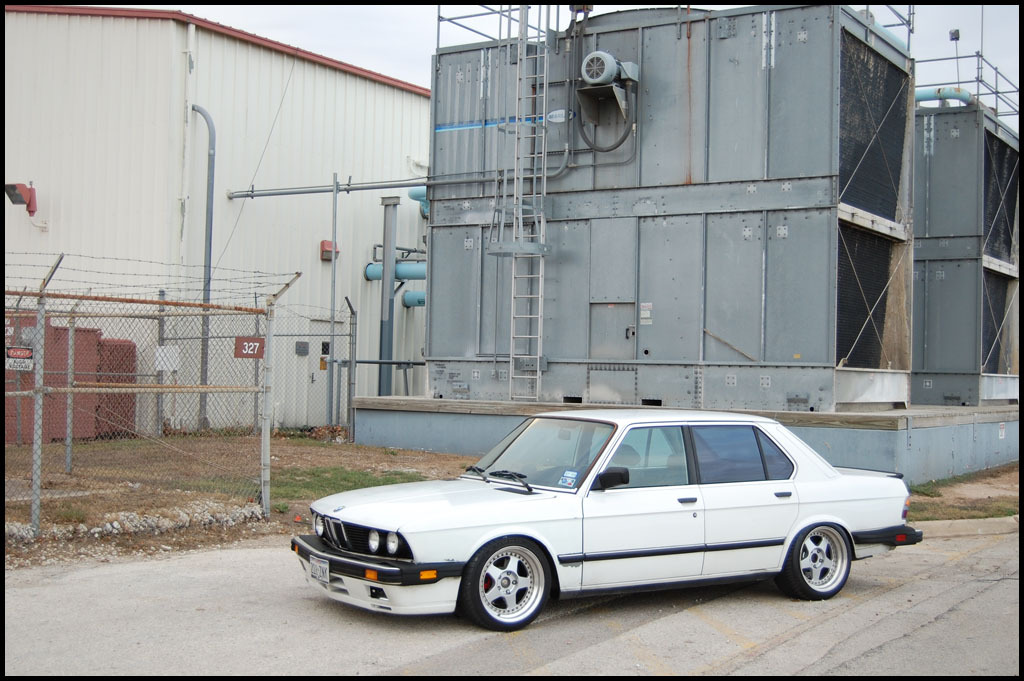 Another BigBronzeRim 1987 BMW 5 Series post... - 10919488