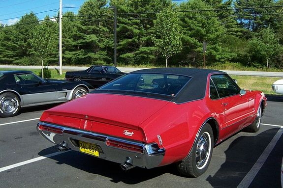 olds68 1968 Oldsmobile Toronado 10929475