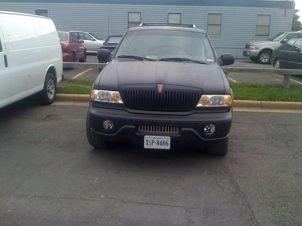 Another MIXEDRIGHT 2002 Lincoln Navigator post... - 10935171